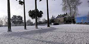 The castle of La Hulpe in the snow