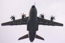 Le nouvel avion de transport de la Force Aérienne belge (Airbus A400M) était présent dans le ciel de Bruxelles