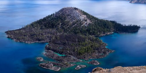Wizard Island (Crater Lake National Park, Oregon)