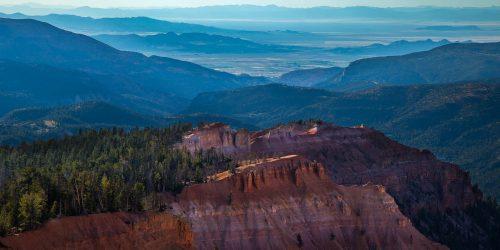 Vue vers la vallée à Cedar Breaks National Monument