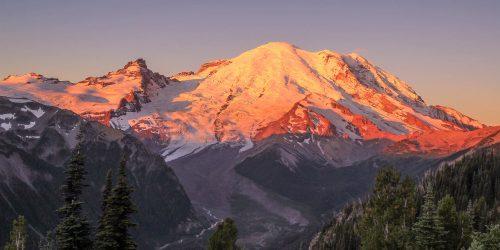 Aube sur le Mont Rainier