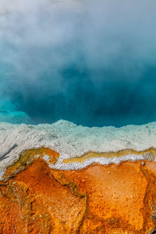 Colours contrast on the shore of a hot spring